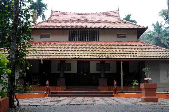 Photo Credit: Tharavadu (www.tripadvisor.com)